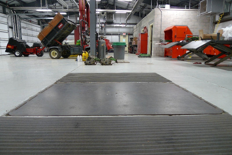 equipment lift in garage