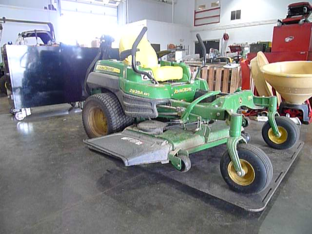 zero turn lawn mower lift